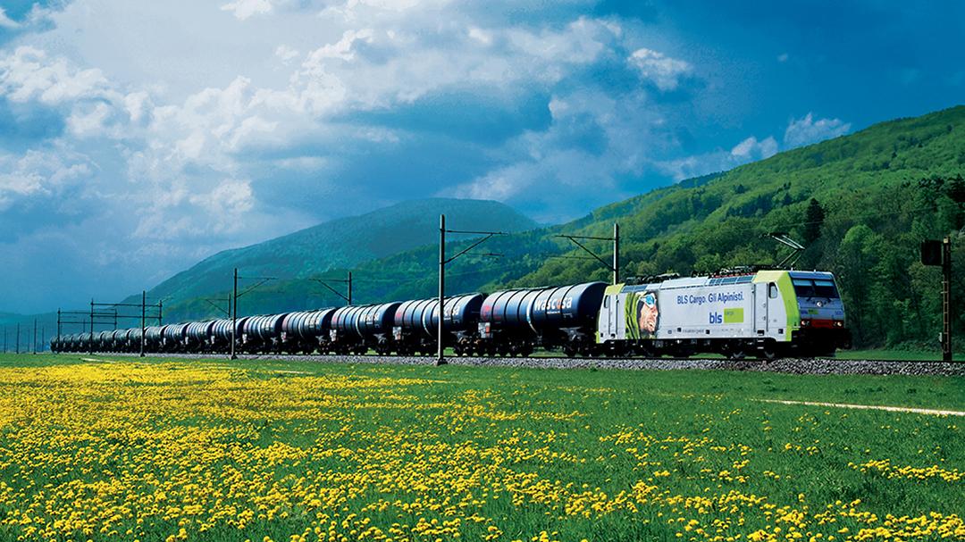 Güterverkehr Wascosa Güterzug Allianz pro Schiene Teaserbild