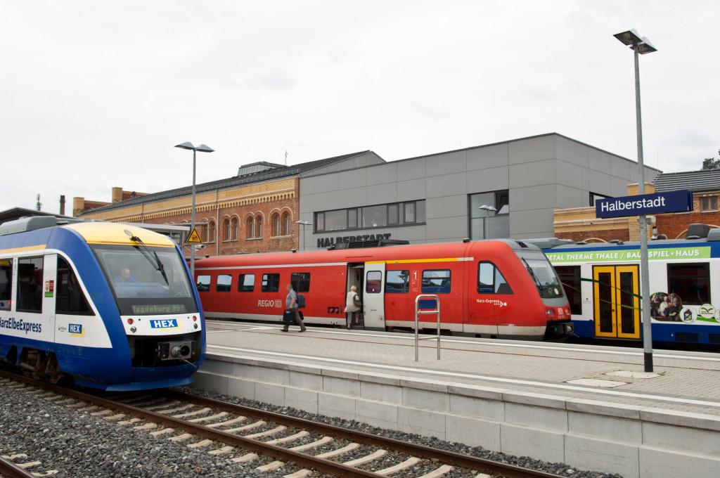 Die drei Bahnsteige