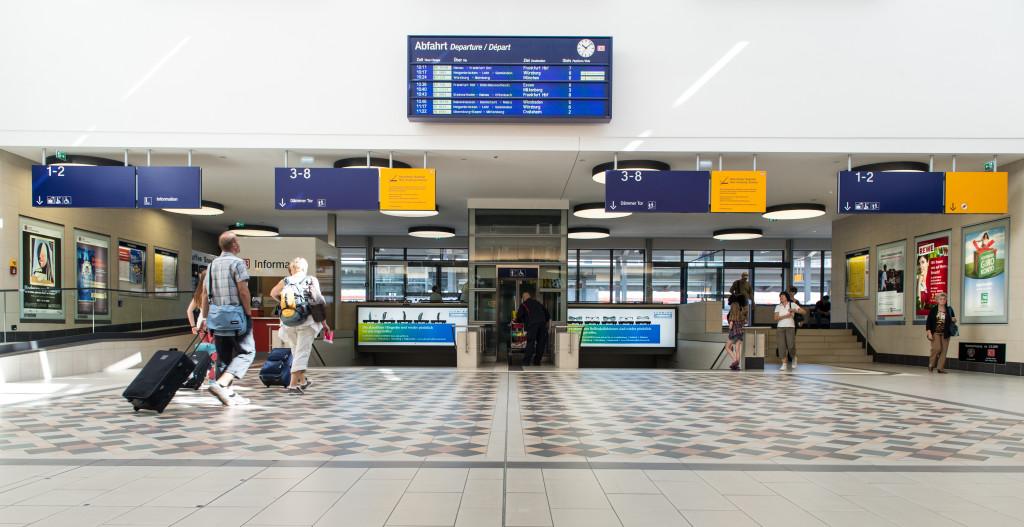 Mosaikfußboden im Bahnhof Aschaffenburg