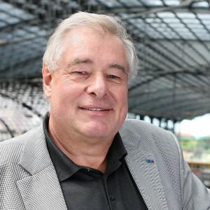 Porträtfoto von Jurymitglied Dieter Harms