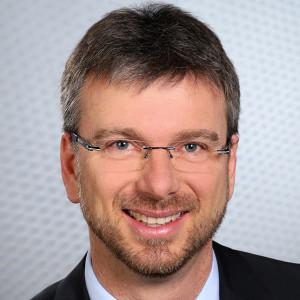 Porträtfoto von Jurymitglied Frank Zerban