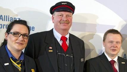 von links nach rechts: Claudia Möller, Jonni Käsehage und Nico Hilsberg sind die ersten Gewinner im Wettbewerb 2011.