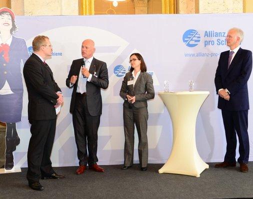 Im Talk der Führungskräfte: Ulrich Homburg von DB Mobility Logistics, und Ulrike Haber-Schilling von Veolia Verkehr