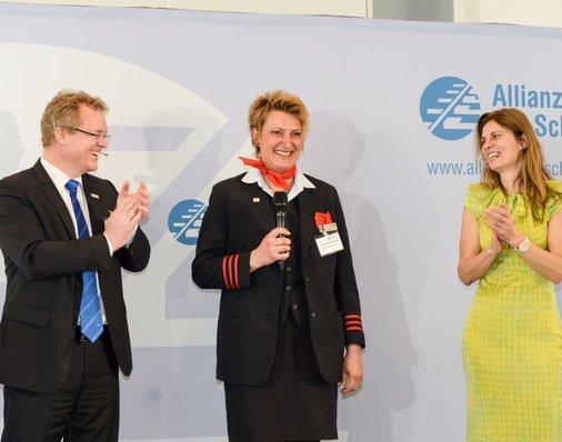 Auf der Bühne: Daniela Kumbernuß, Sarah Wiener und Dirk Flege.