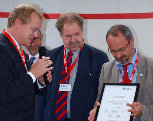 Darmstadts Oberbürgermeister Walter Hoffmann (SPD) wird auch ausgezeichnet