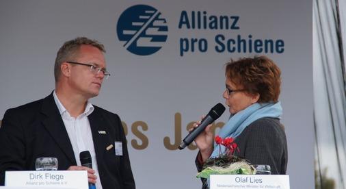 Polit-Talk mit Dirk Flege und Staatssekretärin Daniela Behrens.