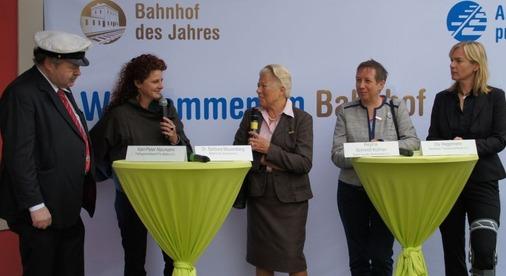 Interview mit der Gerti Heupel, die den Bahnhof Murnau für den Titel vorgeschlagen hat