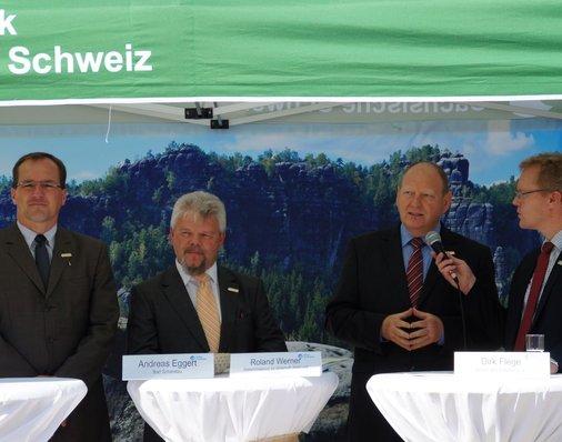 Dirk Flege, Allianz pro Schiene, moderiert die Talkrunde