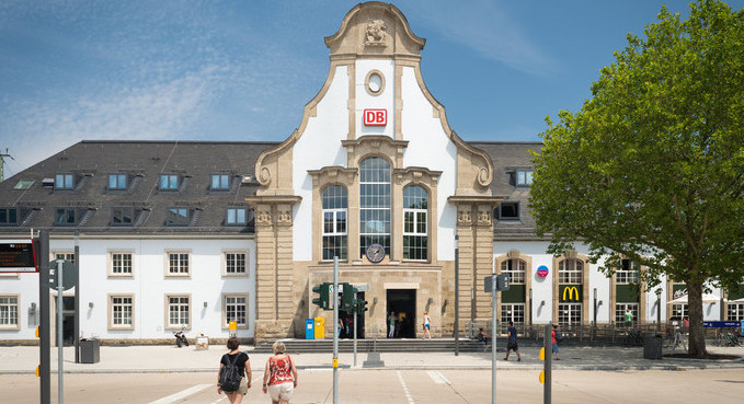 Bahnhofsvorplatz Marburg