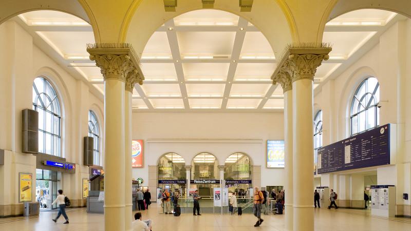 Hannover Hauptbahnhof innen