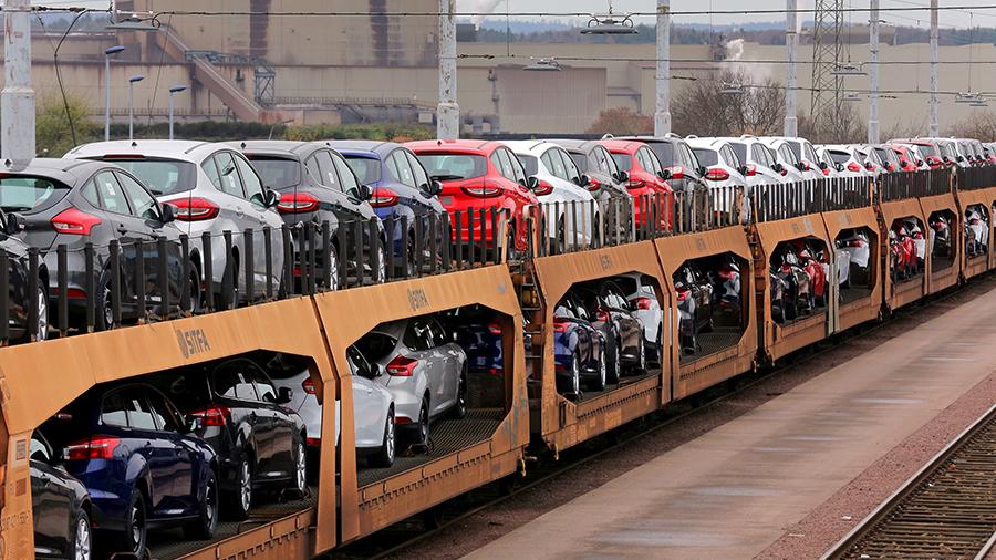Der Ford-Autozug: Eine Fiesta für die Bahn