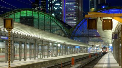 Bei der Eisenbahn in Deutschland herrscht eine Trennung von Netz und Betrieb
