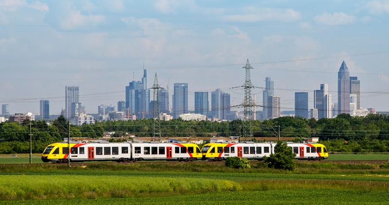 Grüne Möbilität: 42 Prozent des Bahnstroms kommen aus erneuerbaren Energien