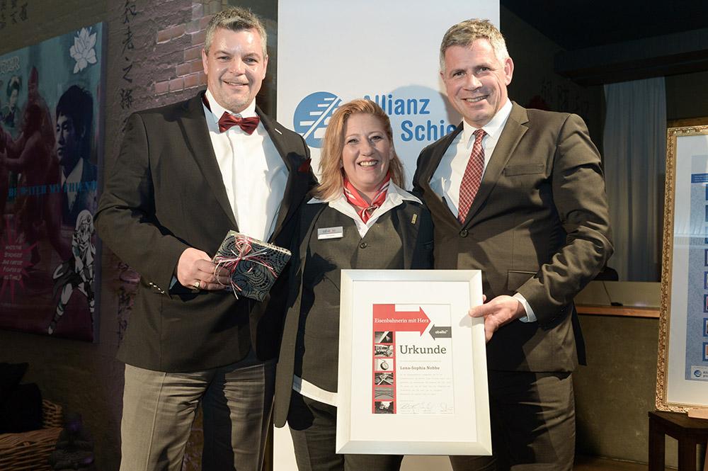 Eisenbahner mit Herz 2016 - Sieger-Gala - Nobbe mit Abellio -Chefs