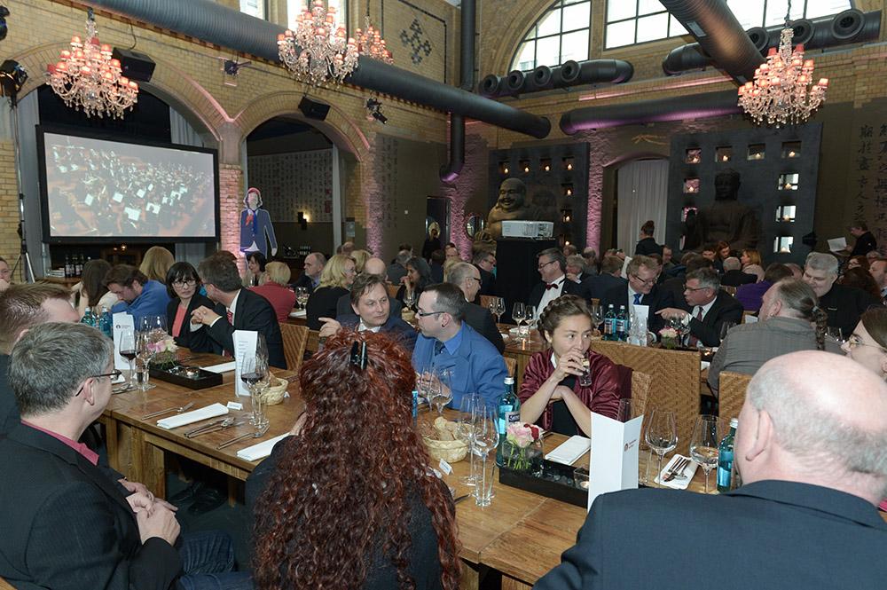 Eisenbahner mit Herz 2016 - Sieger-Gala - Tische