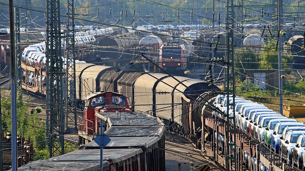 Bundesverkehrswegeplan - Zentrale Schienenprojekte in der Warteschleife