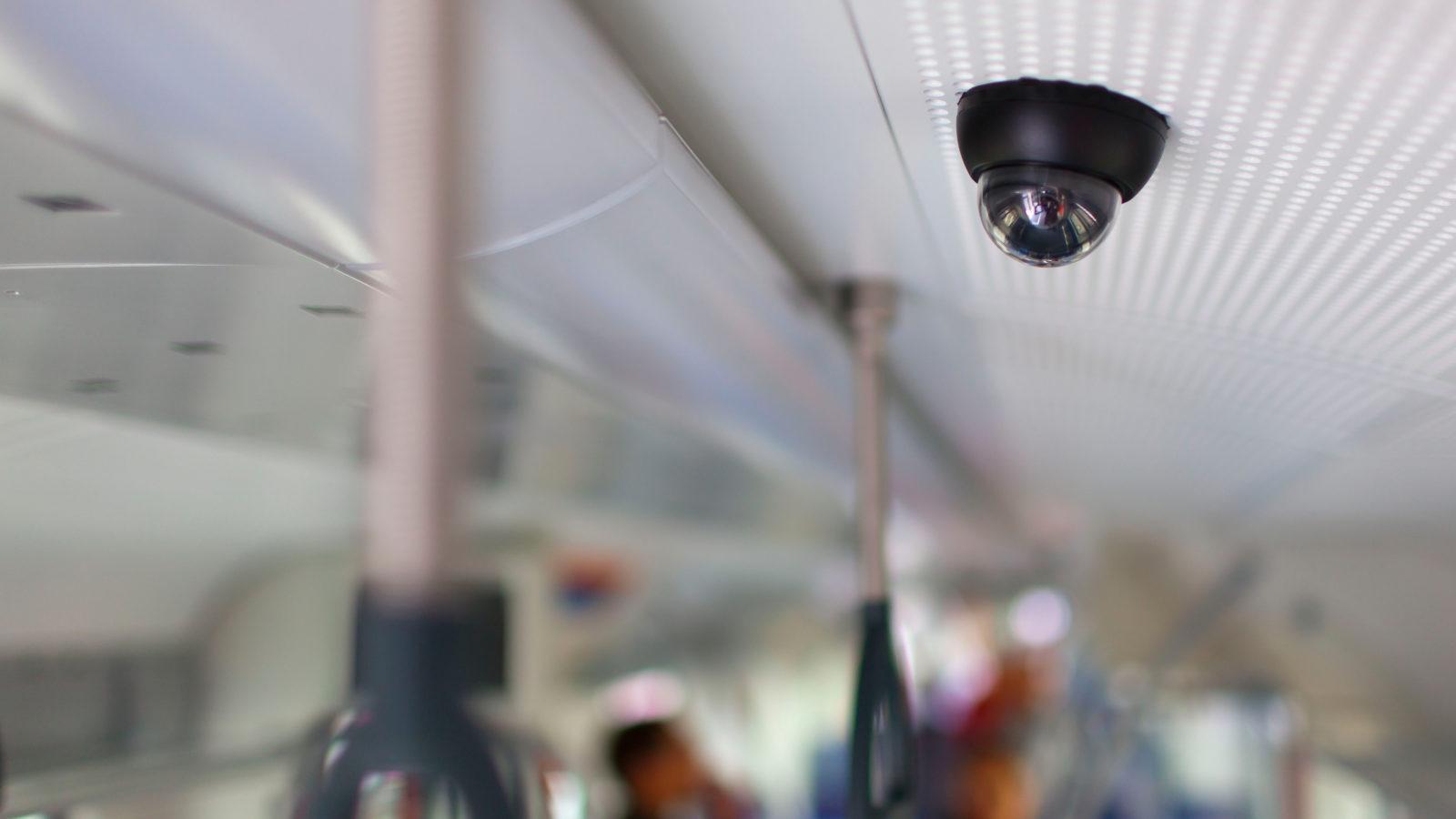 Videokameras: Viele Fahrgäste wünschen sich Videoüberwachung im Zug