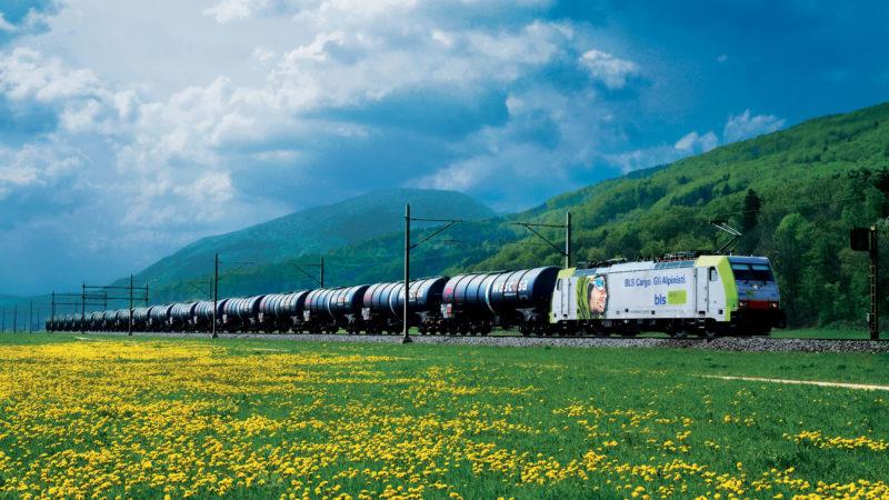 Wascosa Güterzug: Verkehrsverlagerung auf die Schiene ist ein Beitrag zum Klimaschutz