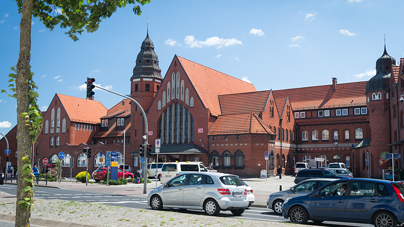 Bahnhof Stralsund / Stralsund Hauptbahnhof: Der Bahnhof des Jahres 2016