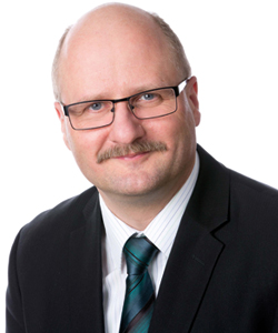 Prof. Dr. Robert Hoyer, Uni Kassel