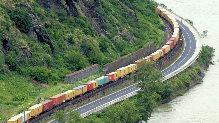 Der Masterplan Schienengüterverkehr des Bundesverkehrsministeriums soll die Güterbahnen stärken. Hier lesen Sie die wichtigsten Maßnahmen