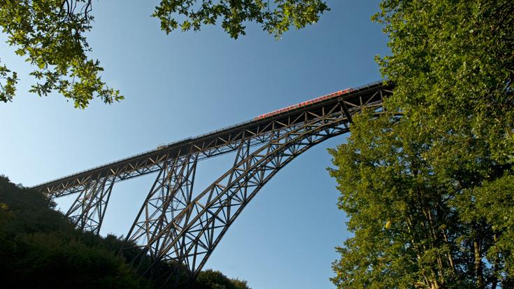 Die höchste Eisenbahnbrücke Deutschlands ist 107 Meter hoch