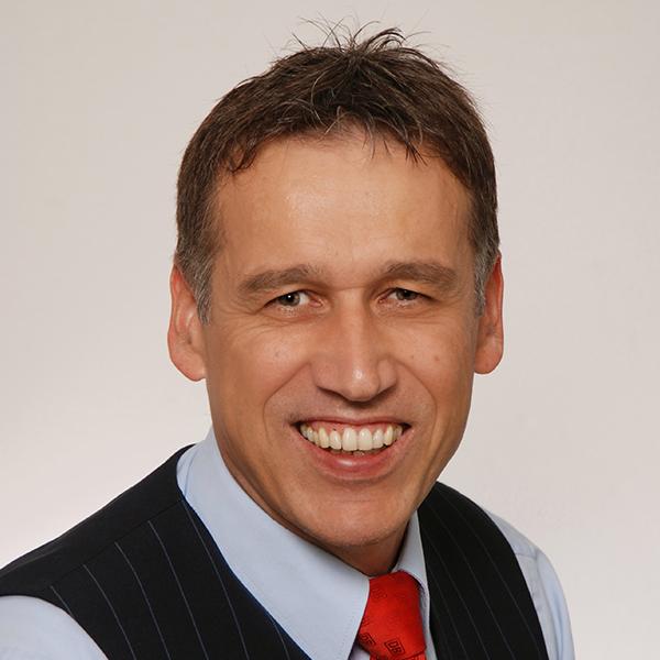 Klaus Geiger ist nominiert für Eisenbahner mit Herz 2018