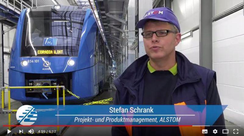 Stefan Schrank im Erklärvideo der Allianz pro Schiene zum Thema Elektromobilität