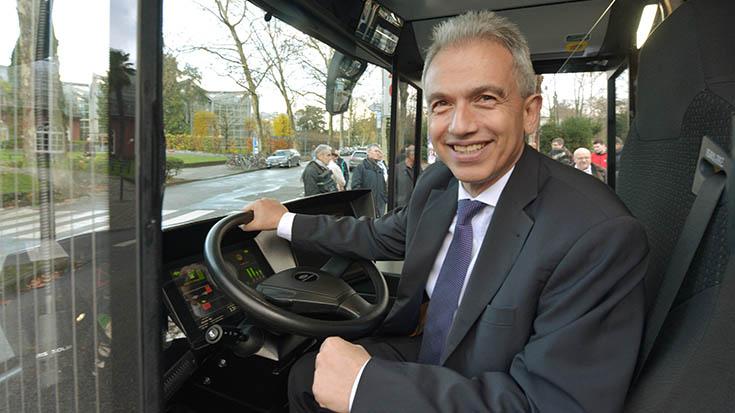 Oberbürgermeister Peter Feldmann im Interview mit der Allianz pro Schiene