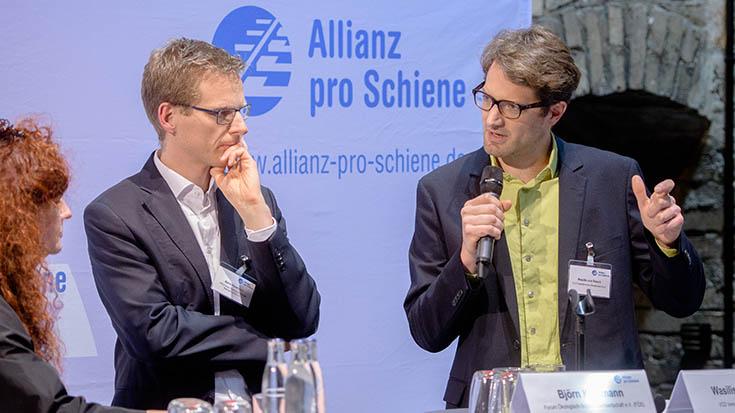 """Wasilis von Rauch (Bundesvorsitzender, VCD Verkehrsclub Deutschland): """"Wir brauchen 'Do-Tanks', nicht noch mehr 'Think -Tanks'."""""""