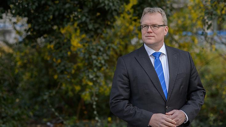 """""""Die Regierung hat in der Vergangenheit nicht genug für den Klimaschutz getan. Jetzt die Klimaschutzziele 2020 abzuräumen, ohne die Anstrengungen zu erhöhen, ist verantwortungslos"""", so Dirk Flege."""
