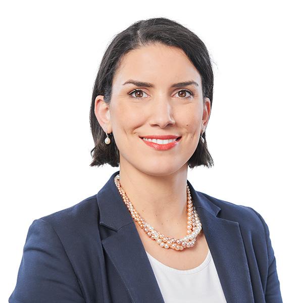 Arezki ist Teil des Frauennetzwerks der Allianz pro Schiene.