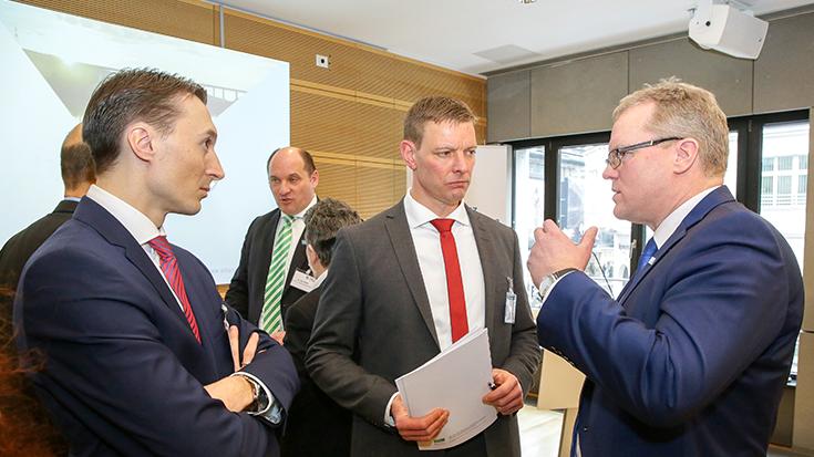 Gemeinsamkeiten finden: Jens Pawlowski (BGL), Prof. Dr. Dirk Engelhardt (BGL) und Dirk Flege (Allianz pro Schiene).