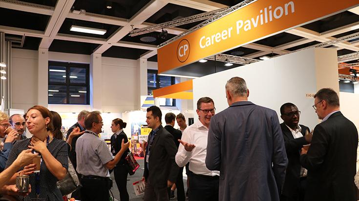Die Personaler verschiedenster Unternehmen tauschen sich untereinander aus und wissen: Den Fachkräftemangel können wir nur als Branche gemeinsam angehen.