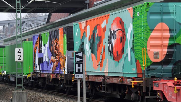 Eine Reise für den Klimaschutz: Noah's Train hält in Berlin - Dirk Flege, Svenja Schulze (Allianz pro Schiene)