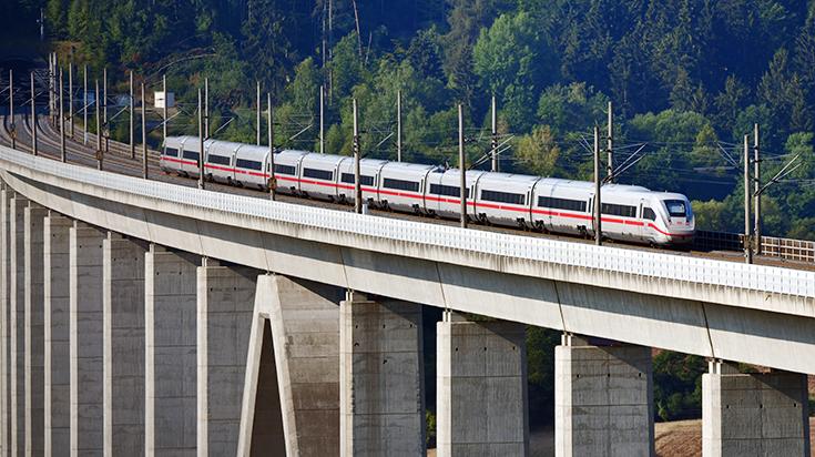 ICE 4 untewegs auf der SFS Hannover - Würzburg