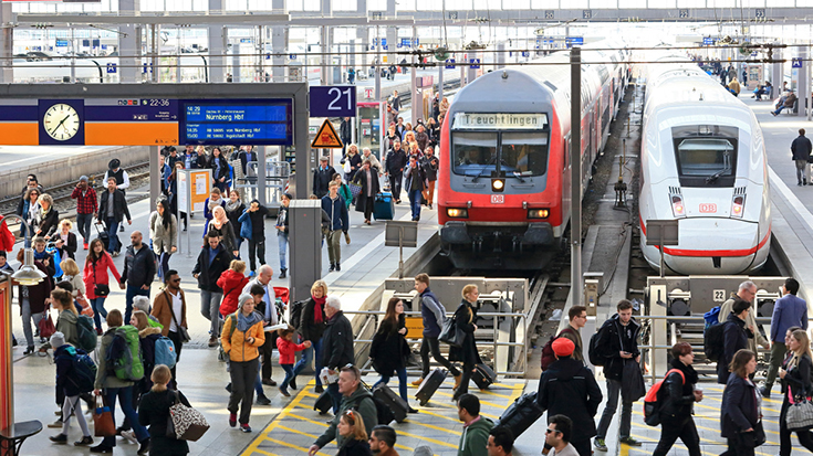 Schienengipfel in Berlin: Die Allianz pro Schiene begrüßt das Bekenntnis von Bundesverkehrsminister Andreas Scheuer zum Deutschlandtakt.