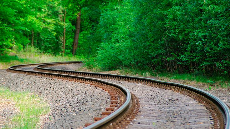Die Schiene kommt zurück. Bundesweit werden zunehmend stillgelegte Bahnstrecken reaktiviert. Reaktivierung, reaktivierte Eisenbahnstrecken