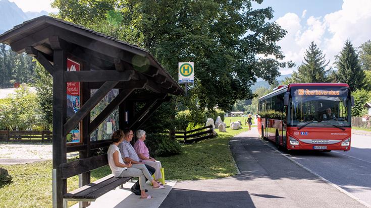 Die bayerische Stadt Schweinfurt weist unter allen Kommunen in Deutschland das dichteste Netz an Haltestellen im öffentlichen Verkehr auf. Insgesamt schneidet Bayern im Ranking der Allianz pro Schiene aber schlecht ab.