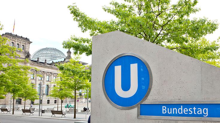 Mit der U-Bahn zum Bundestag. Der Klimaschutz braucht eine andere Verkehrspolitik.