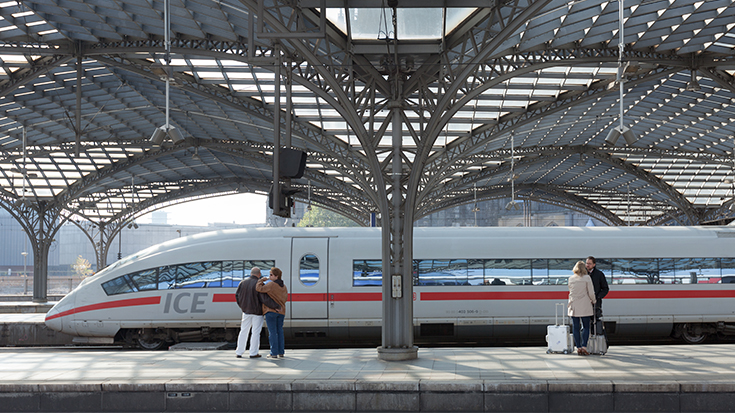 Bahnfahren soll günstiger und besser werden
