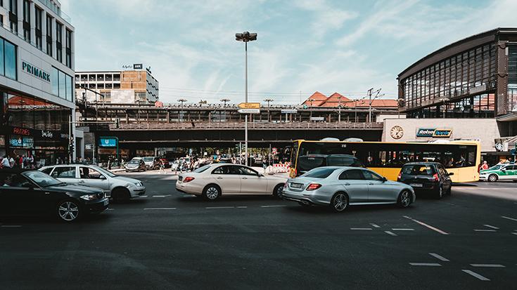 Externe Kosten im Verkehr: Gute Bilanz der Eisenbahn