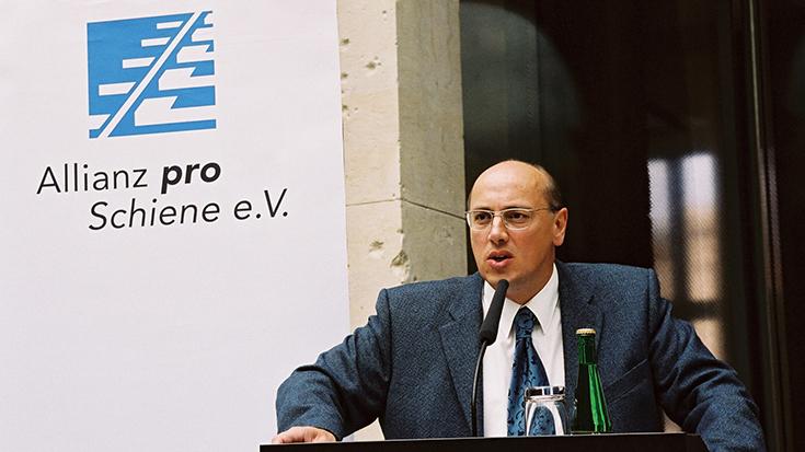 Kurt Bodewig bei der Allianz pro Schiene