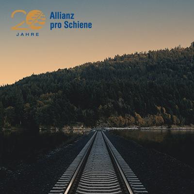Über 8 Stunden Musikgenuss volle Eisenbahn-Lieder