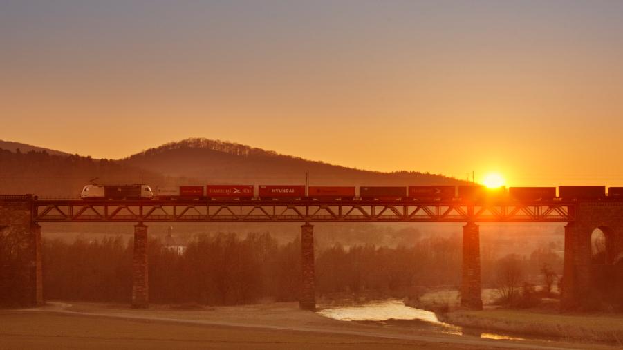 Schienenverkehr ist unverzichtbar für die Exportnation