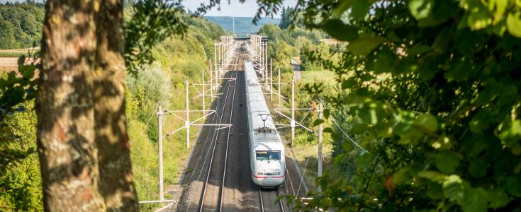 Elektromobilität ist heute schon Standard: Auf der Schiene.
